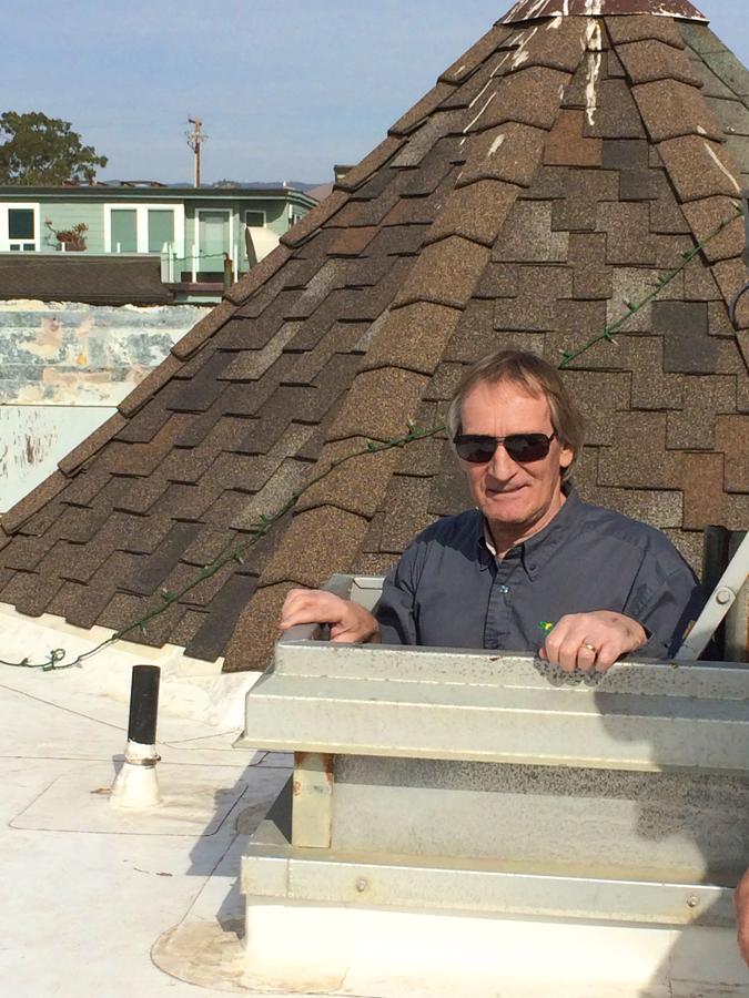 Shoreline Inn goes solar, Caucus, CA.
