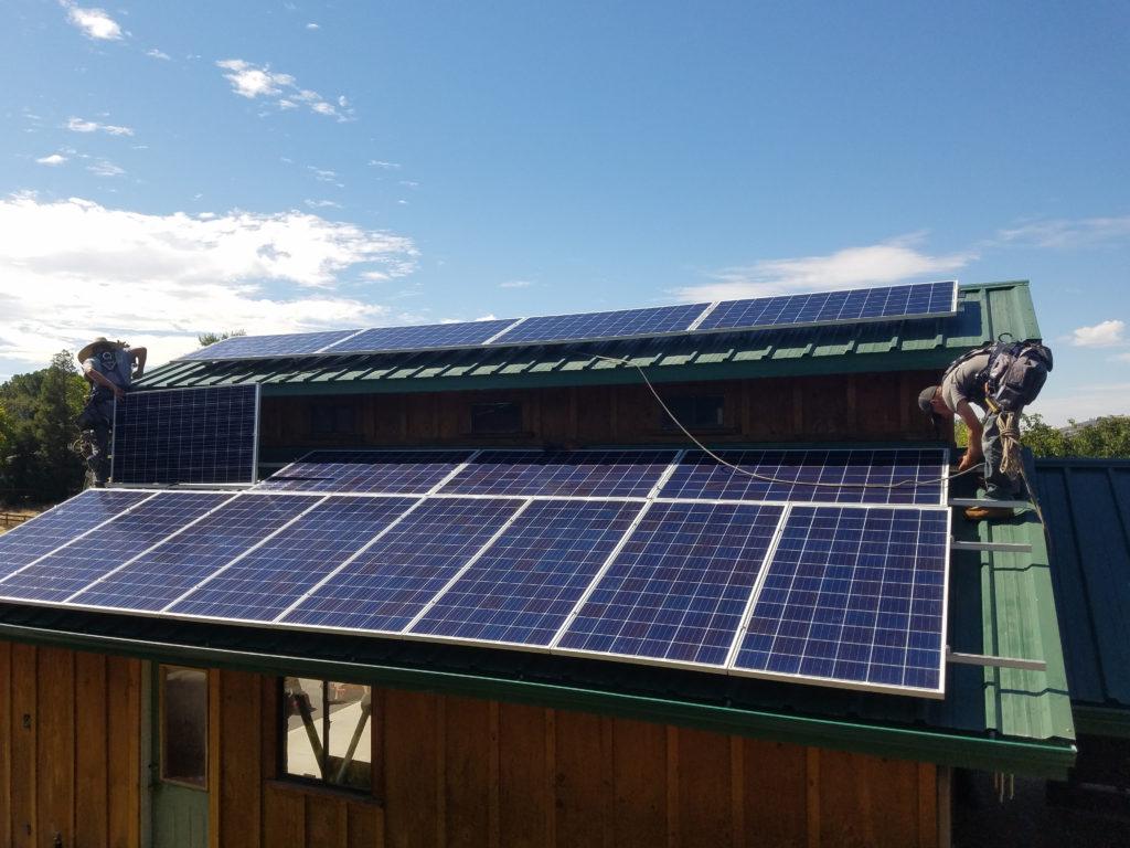 A Solarponics solar install