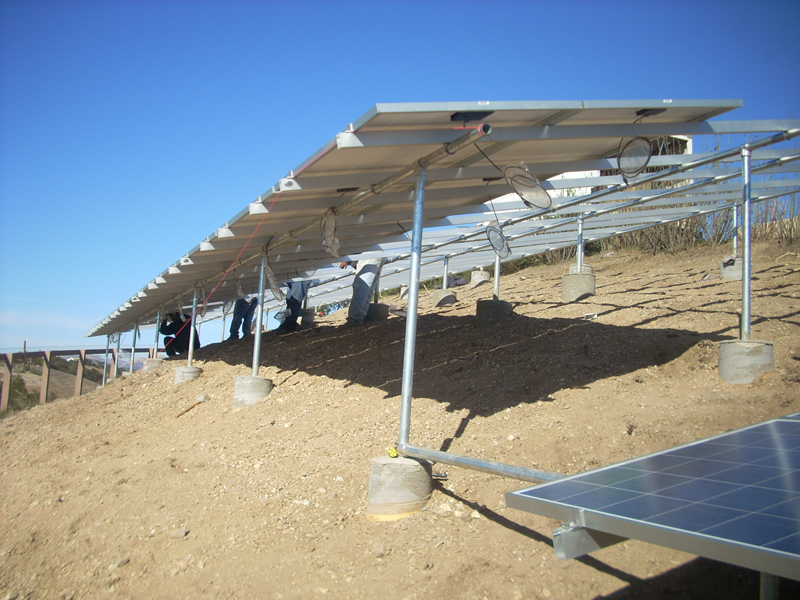 solar ground mount in Paso Robles, CA by Solarponics