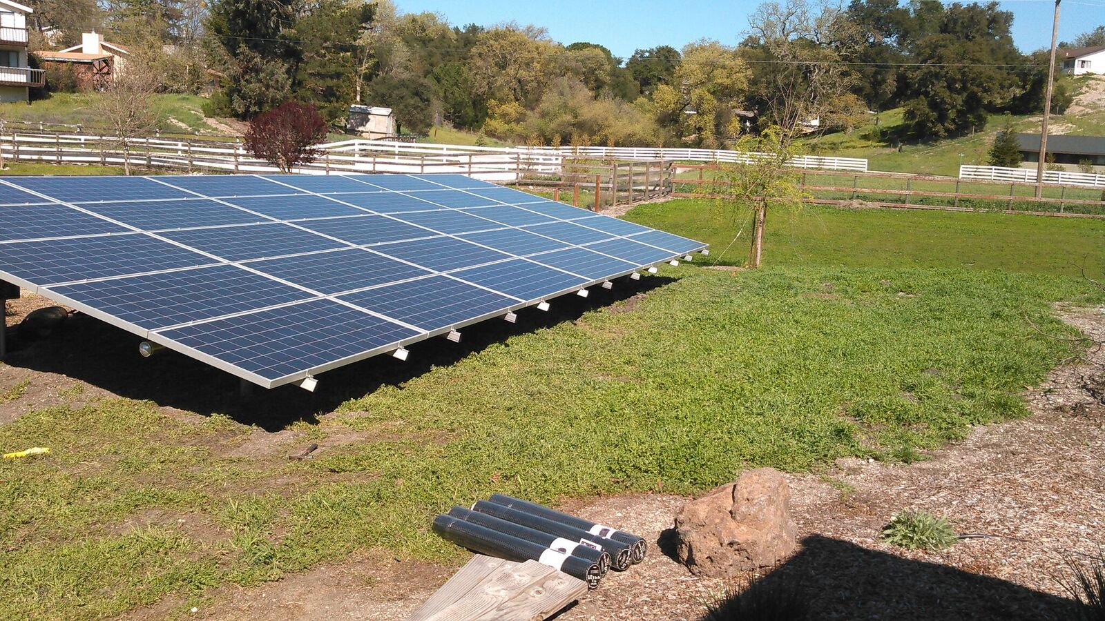 solar ground mount in Atascadero by Solarponics