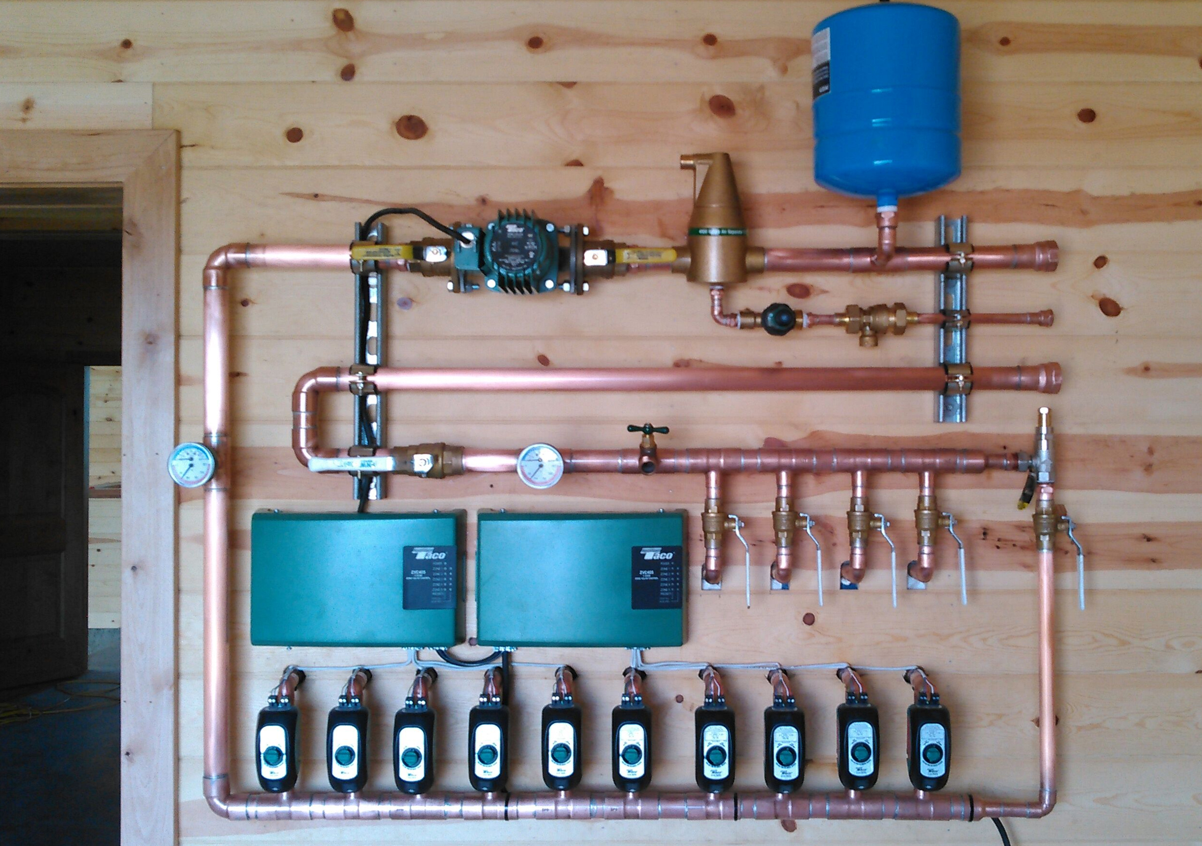 A Solarponics radiant heating and cooling system