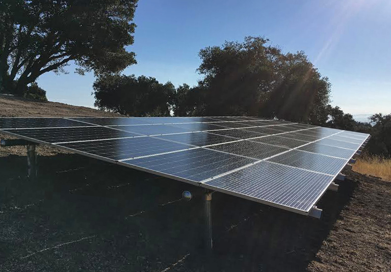A Solarponics ground mount in Santa Maria.