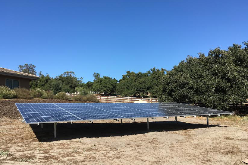 Paso Robles solar ground mount by Solarponics